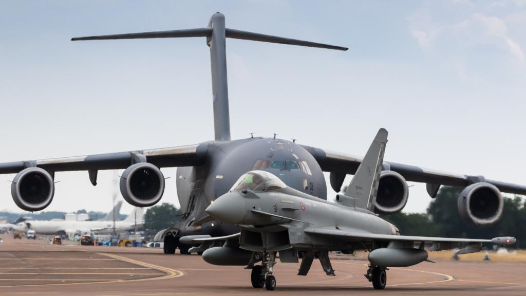 F-2000 - Aeronautica Militare - Armée de l'air - Italie + C-17A